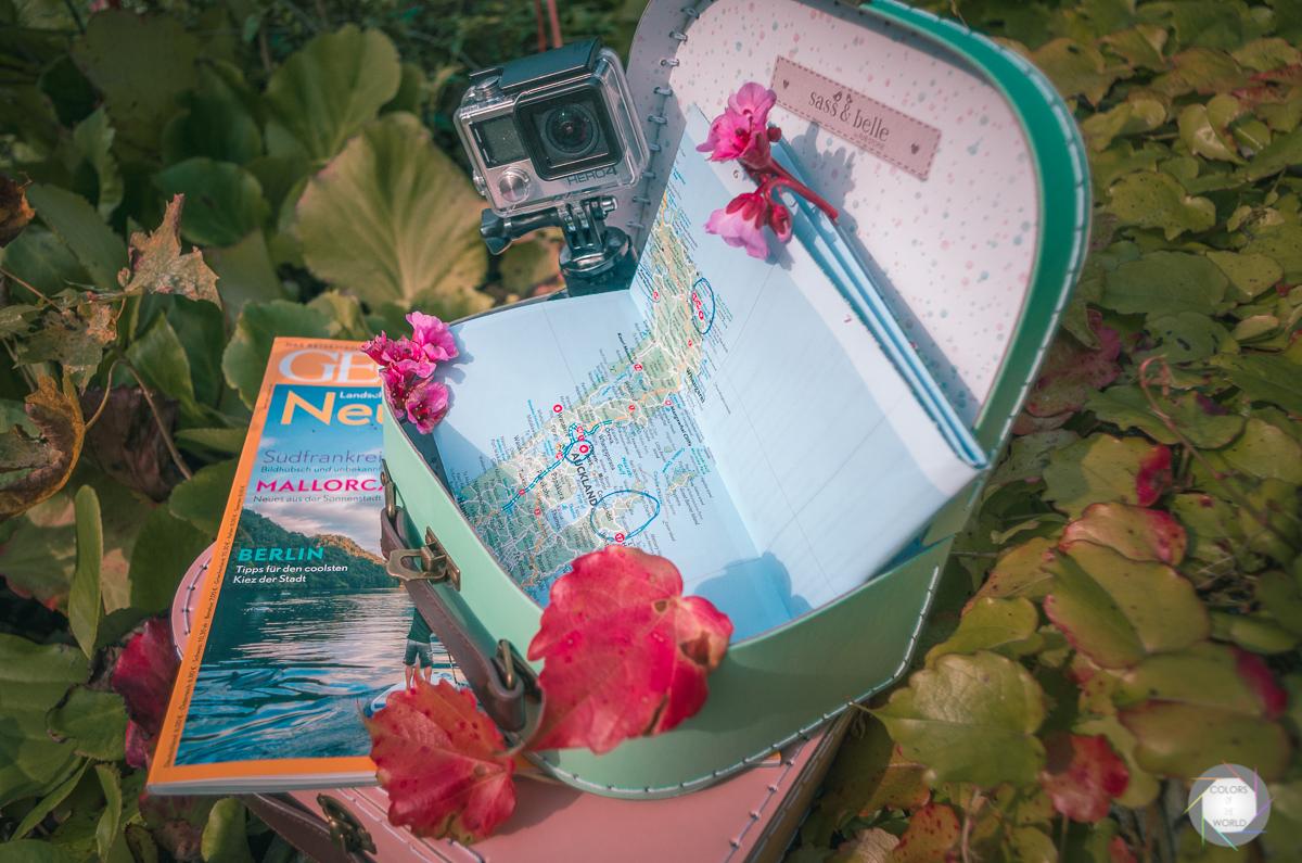 Koffer Karte und Heft
